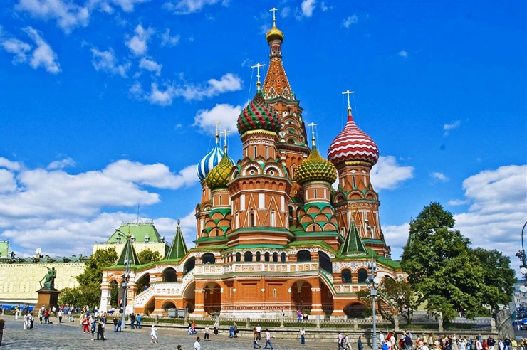 Types Of Visas To Russia, Moscow Saint Basils Cathedral. Photo Courtesy pompei-hotels.com