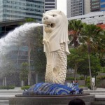 Singapore Employment Pass, Migrate to Singapore, The Merlion in Merlion Park near the Singapore CBD